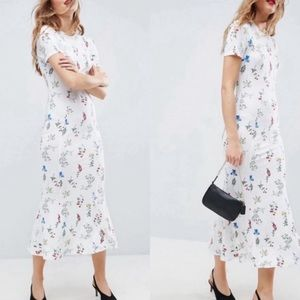 ASOS Maxi Tea Dress In White Base Floral Print